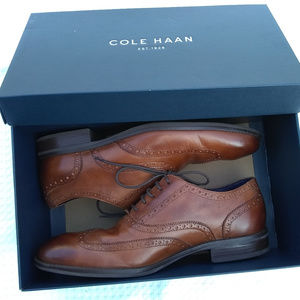 Size 9.5 Cole Haan Wayne Oxford Leather Shoes